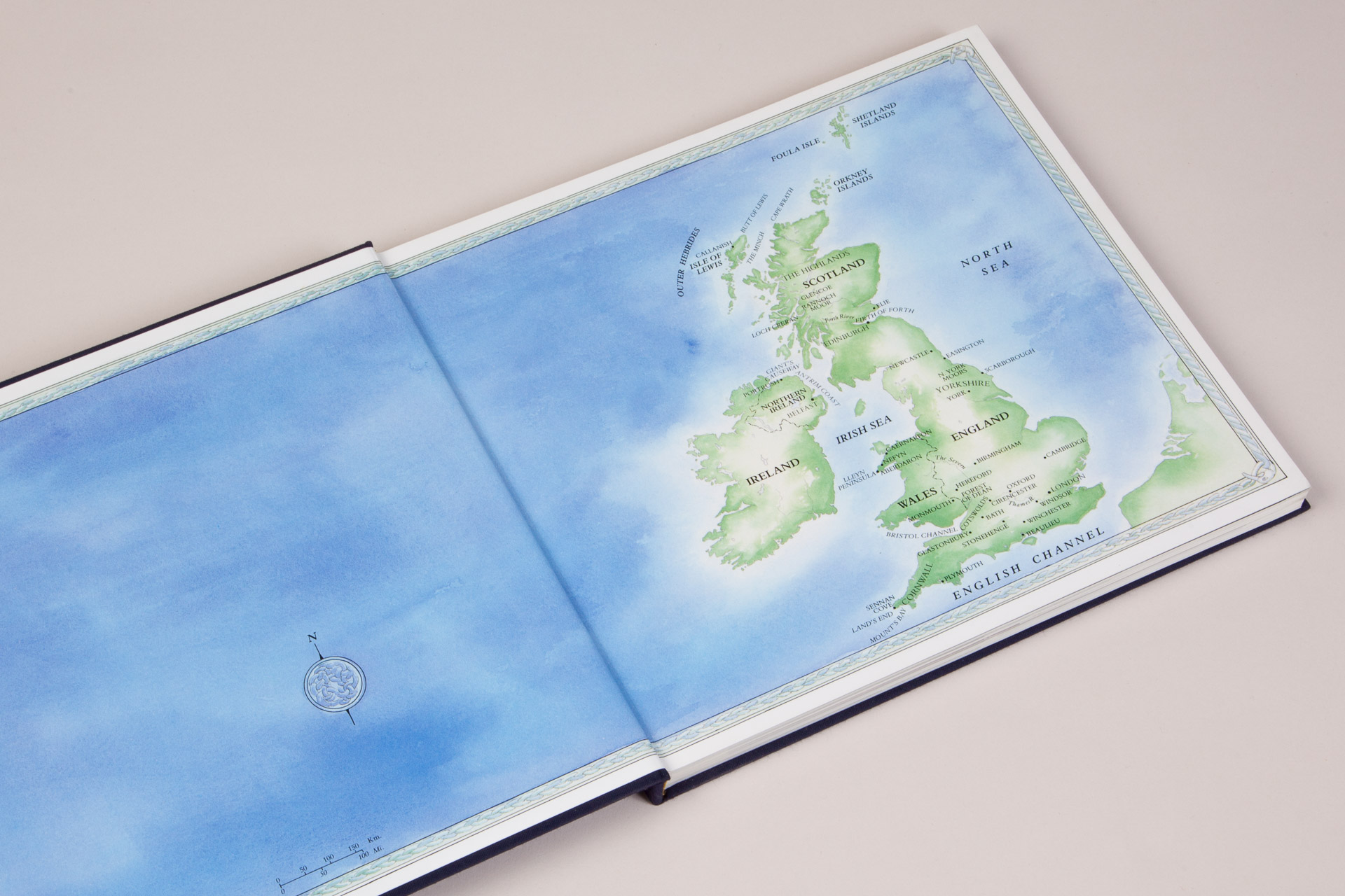 End papers for Portrait of Great Britain and Northern Ireland book • Turner Publishing